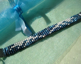 Supernatural Castiel inspired bracelet - white and blue Miyuki bead bracelet with wing design