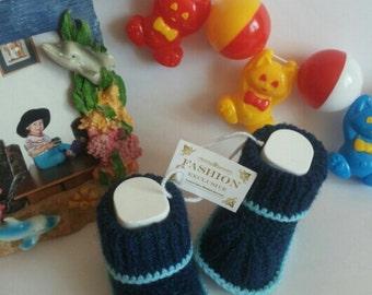 Newborn booties Natural organic wool booties Hand Knitted Baby Booties. Wool Baby Booties. Blue baby booties.