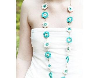 Crochet flower necklace. 3 colour options. 'Esme'