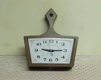 Vintage General Electric Kitchen Wall Clock ~ Retro Brown ~ Faux Wood Grain ~ Mad Men Decor