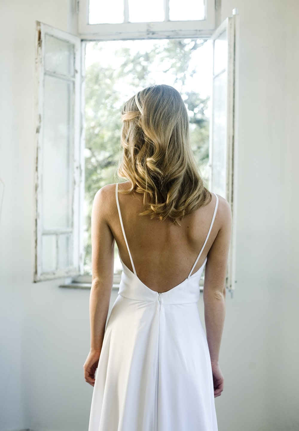 Sale romantic white chiffon beach wedding dress low back for Low back wedding dresses for sale