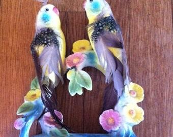 PORCELAIN BIRDS STATUE