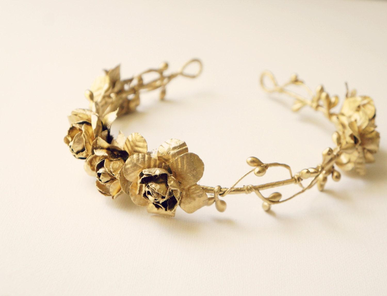 Flower crowns lookup beforebuying gold crown wedding flowers izmirmasajfo