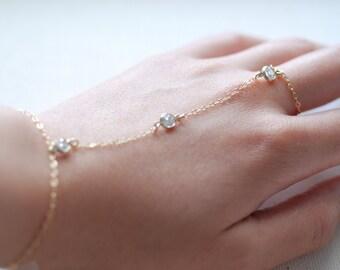 Hand Chain Bracelet,Slave Ring Bracelet,Hand Chain with Crystals,Finger Bracelet,Hand Chain Ring,Slave Ring,Harem Bracelet,Slave Bracelet