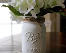 White Chalk Paint Mason Jar (Pint Sized)