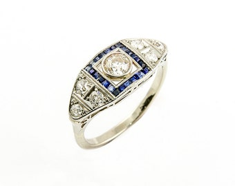 A rare beauty, Art Deco diamond and sapphire ring in platinum