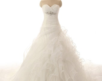 Modern Sweetheart ball gown, organza with beaded wedding dress