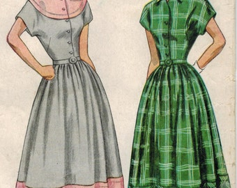 1940s Simplicity 2481 Vintage Sewing Pattern Misses Dress Bust 12 Bust 30