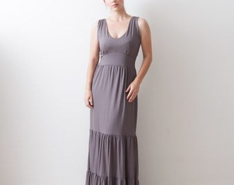 Sample sale Size 8 Tiered Dress in Mocha (great maternity dress too) Reg price is 190USD