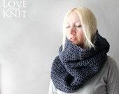 Blue Chunky Cowl / Oversized Cowl / Cowl Scarf / Chunky Infinity Scarf / Infinity Scarf / Circle Scarf /Chunky Crochet Cowl/ Blue Cowl Scarf
