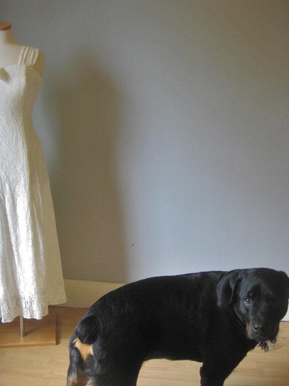 1980s Vintage Pale Ivory Lacy Summer Wedding Dress by Scarlett, Sleeveless Dress, Lacy Dress, Beach Wedding