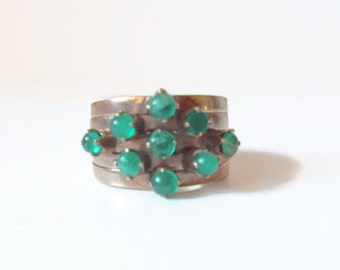 Vintage Ring Chrysoprase 14K Gold Stacking 1950s