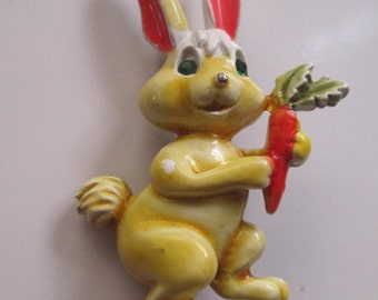Vintage Cute Bunny Rabbit and Carrot Figural Pin Older Signed JJ Easter Bunny costume jewelry brooch yellow Peter Cotton Tail