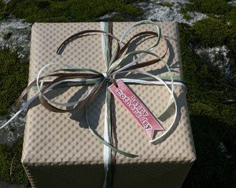 Premium Gift Wrap With Ceramic Gift Tag & Raffia Ribbons