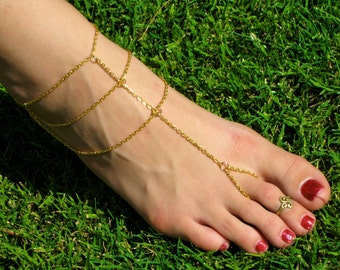 Gold Chain Barefoot Sandals, Slave Anklet, foot thong, ankle bracelet with toe ring