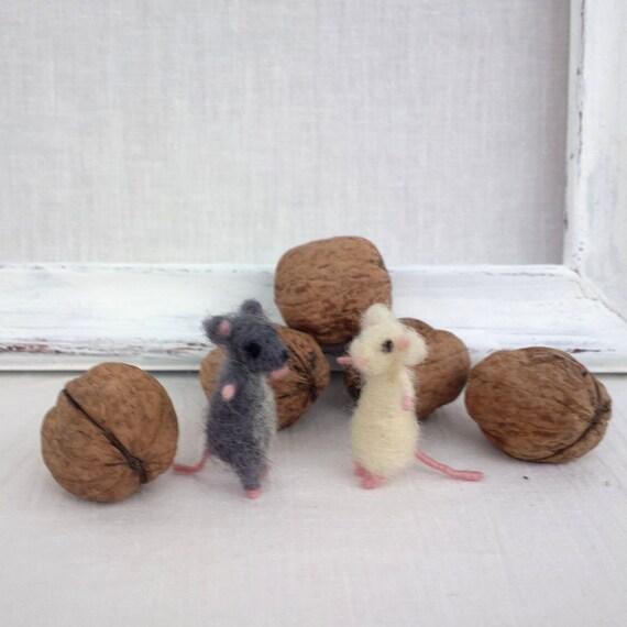 articles similaires animal souris miniature minuscule de la mini sur les souris blanche de. Black Bedroom Furniture Sets. Home Design Ideas