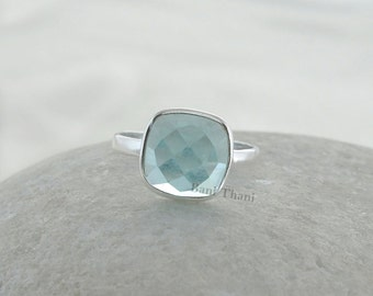 Aqua Quartz Ring - Sterling Silver Ring - Gemstone Jewelry -  Bezel Jewelry - 10mm Cushion Faceted #1041