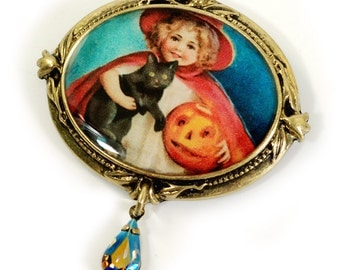 Little Witch Halloween Pin, Halloween Jewelry, Vintage Halloween, Black Cat, Halloween Brooch, Halloween Pin, Brooch, Witch Pin P336