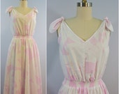 Vintage Royal Hawaiian Creations Pink and White Hawaiian Leaf Print Shoulder Tie Dress Sundress