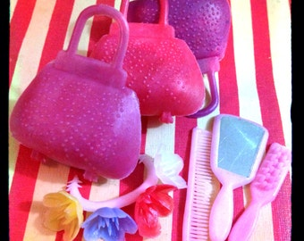 7pc TINY DOLL ACCESSORIES Vintage Purses & Vanity
