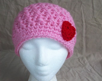 Ladies Crochet Hat in Pink with a Red Heart