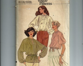 Vogue Misses' Blouse Pattern 7097