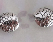 6 pcs. casted pewter fish beads 13x10x4mm - f4079