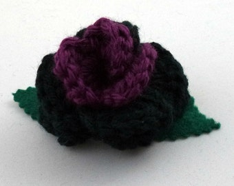 Crocheted Rose Bar Pin - Black and Purple (SWG-PS-HEHE01)