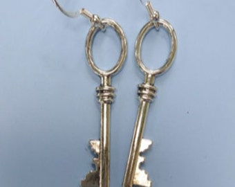 Steampunk Earrings Skeleton keys Pierced Earrings  antiqued silver