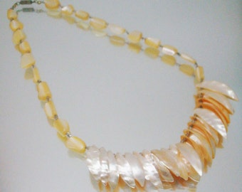 Peach Mother of Pearl necklace Gorgeous MOP