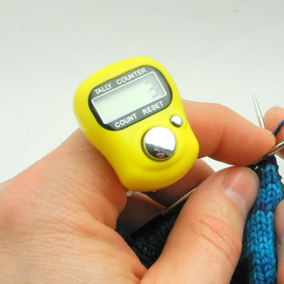 Crochet Row Counter : Yellow Row Counter for Knitting And Crochet - Fits On Your Finger!