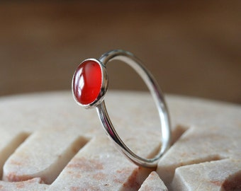 Oval Carnelian 6x8 mm Stacking Ring, Sterling Silver, Size 2 to 15, Womens Jewelry, Carnelian Gemstone Ring, August Birthstone, Dainty