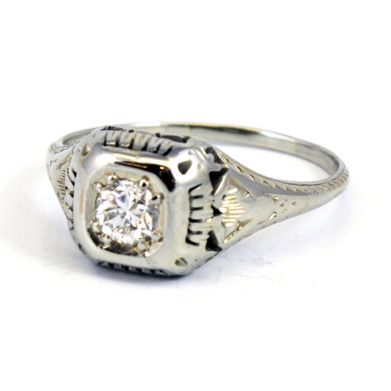 antique deco engagement ring 18k 1920s filigree