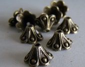 40 pcs Antique Bronze tone Metal Flower Bead Caps 10mm (Nickel / Lead Free) -- BF8a