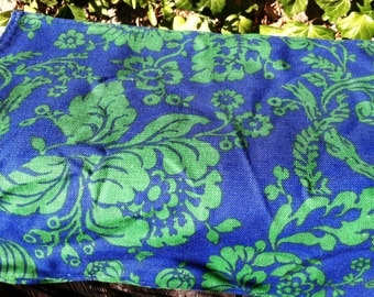 Vintage Royal Blue and Green Napkins 4 1970s Gift epsteam Decor Flowers