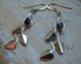 FREE SHIPPING Vintage Silvertone Leaf Earrings with Black Enamel Accents