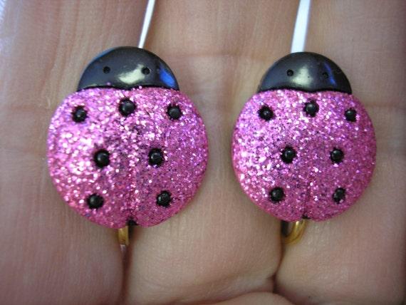 "Play Earring - Clip - Ladybug - Glitter Pink - 5/8"""