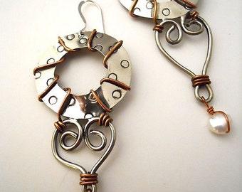 Sanfoka Earrings
