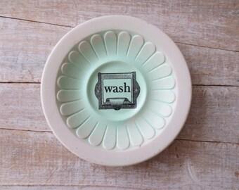 Cottage Bath Sign // WASH Sign // Beach House Bath Decor // Vintage Laundry room Sign // Shabby Chic Bathroom Decorations