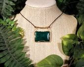 Malachite Acacia Necklace in Gold-Filled