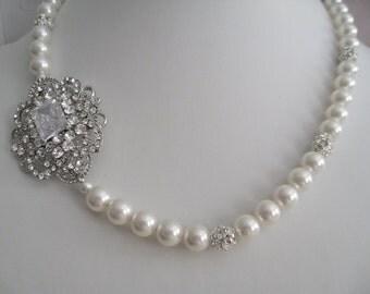 Bride bridesmaid Rhinestone brooch Pearl Bridal Necklace single strand - Bridal Jewelry - Bridal Accessories - Wedding Jewelry