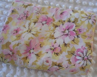 marvelaire by springmaid vintage 60s pink roses and daisies full flat top sheet shabby cottage chic, cotton blend