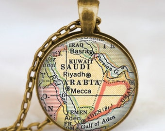 Saudi Arabia vintage map necklace, Saudi Arabia map pendant, Saudi Arabia map jewelry , map pendant jewelry, arabia map jewelry, map art
