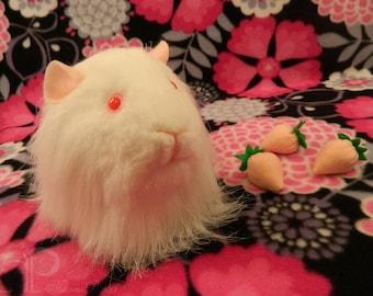 Big Guinea Pig Plushie - Albino Sheltie