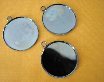 28 Pieces Bezels 25mm 1 inch Gunmetal Round Thin  Pendant Trays Settings
