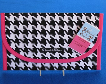 Houndstooth Diaper and Wipes Case Holder Clutch