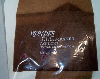 Wonders Loc by Kayser Agilon Runless Stretch Nylons