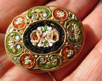 Brooch Micro Mosaic  Pin Oval  Tesserae ITALY - Intricate & Sweet Vintage 60s