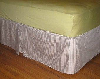 COTTON QUEEN SIZE Bedskirt with Kick Pleat on each side