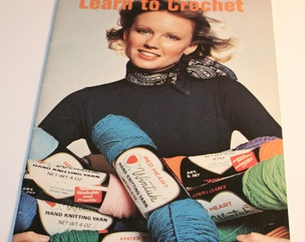 Vintage Learn To Crochet 1974 Booklet 210-A